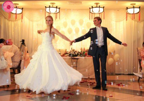 Pervyj-svadebnyj-tanec-molodozhenov
